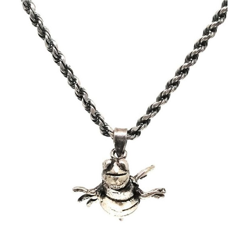 92.5 OXIDIZED SILVER QUEEN HONEY BEE PENDANT CHAIN