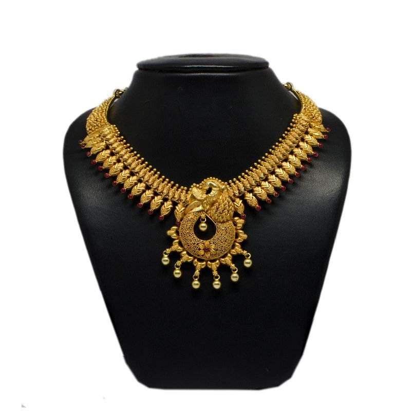 MOON GOLD POLISHED NECKLACE FOR WOMEN