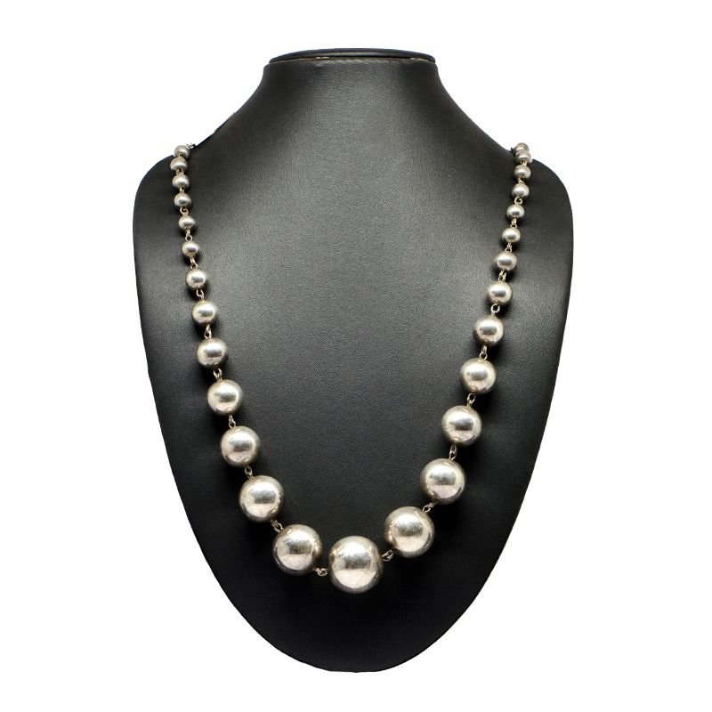 SILVER ETERNITY BALL NECKLACE FOR GIRLS