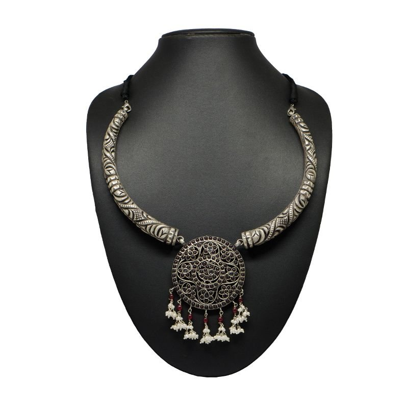 SPINAL NAKSI TRUNK SILVER NECKLACE FOR WOMEN
