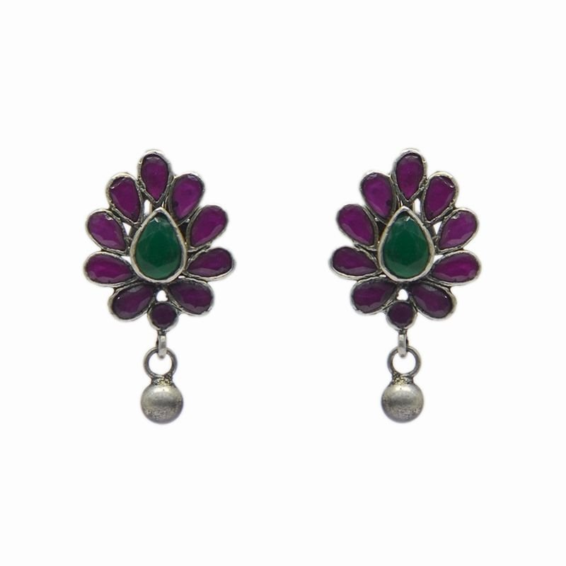 SILVER PEAR SHAP EAR RING FOR GIRLS
