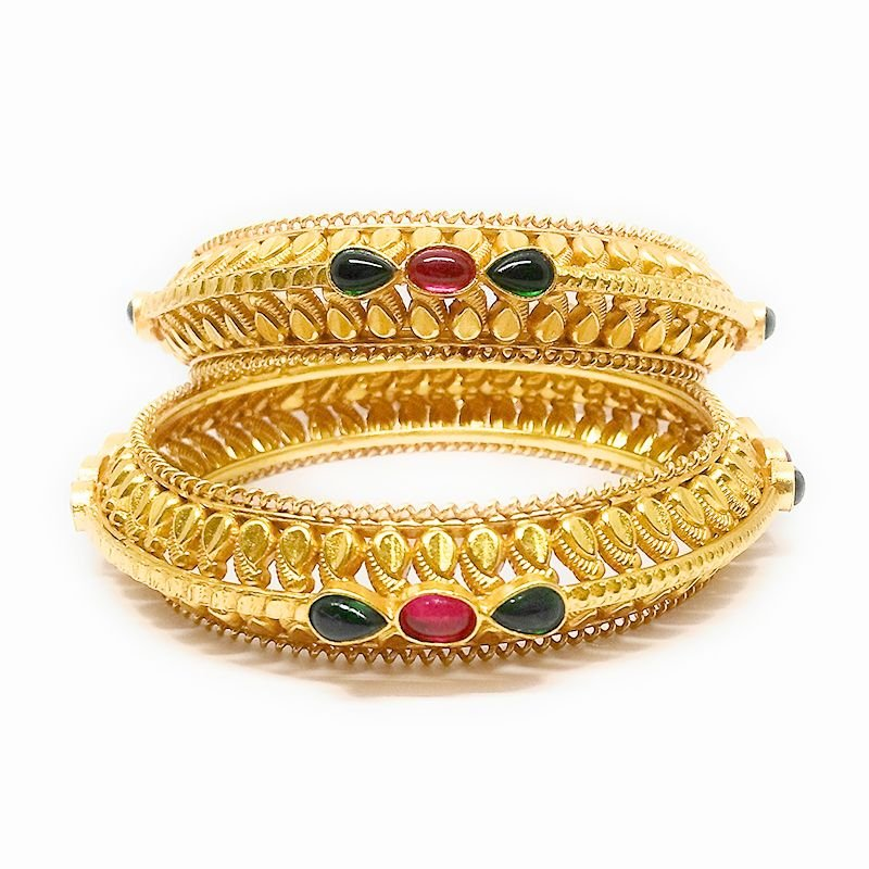 TRADITIONAL YELLOW GOLD LEAF BANGLE FOR BRIDAL